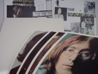 """""""The Beatles, White Album (2 LPs w/ Pictures & 22"""" x 33"""" Poster)"""" - Product Image"""