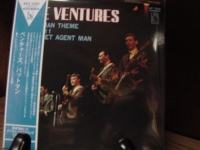 """""""The Ventures, Play The Theme From Batman -  Mini LP Replica In A CD"""" - Product Image"""