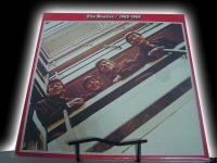 """""""The Beatles, 1962-1966 (2 LPs - Red Vinyl)"""" - Product Image"""
